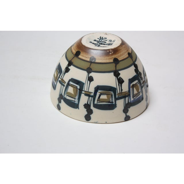 1960s Vintage Israeli Hand-Painted Ceramic Bowl by Azaz (עזז) for Harsa Be'er Sheva For Sale - Image 5 of 10