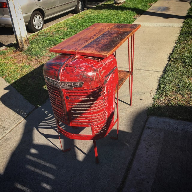 Rustic Tractor Table Wine Cabinet - Image 4 of 6