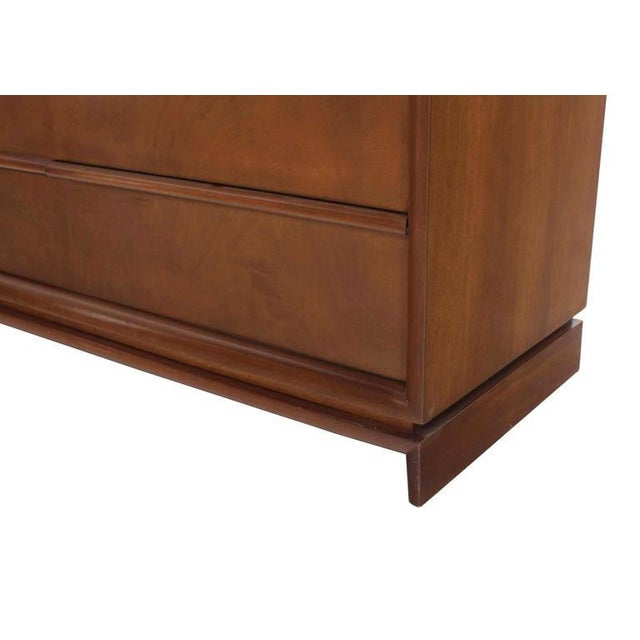Wood Mid-Century Modern Four-Drawer Chest Dresser For Sale - Image 7 of 8