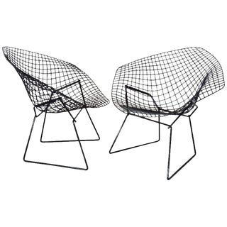 Harry Bertoia for Knoll Gloss Black Diamond Chairs - a Pair For Sale