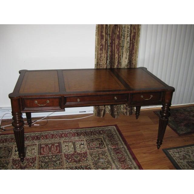 Ethan Allen Newport Edwardian Desk - Image 4 of 11