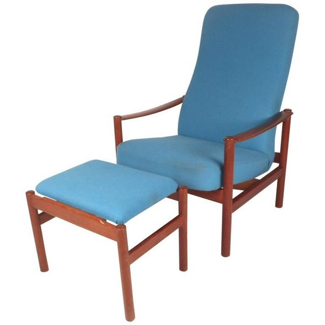 Mid-Century Modern Lounge Chair and Ottoman by Westnofa - Image 3 of 11