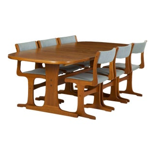 20th Century Mid Century Modern Dining Table and Six Chairs by Gangso Møbler For Sale