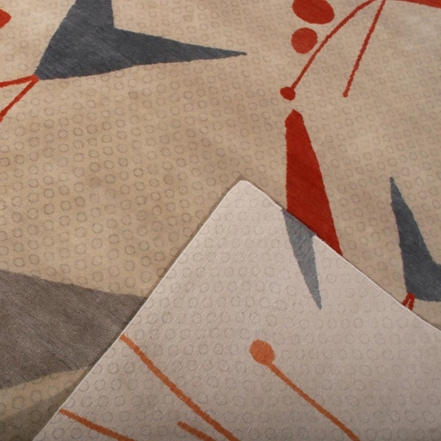 2020s Rug & Kilim's Mid-Century Modern Geometric Beige Gray and Red Wool and Silk Rug For Sale - Image 5 of 6