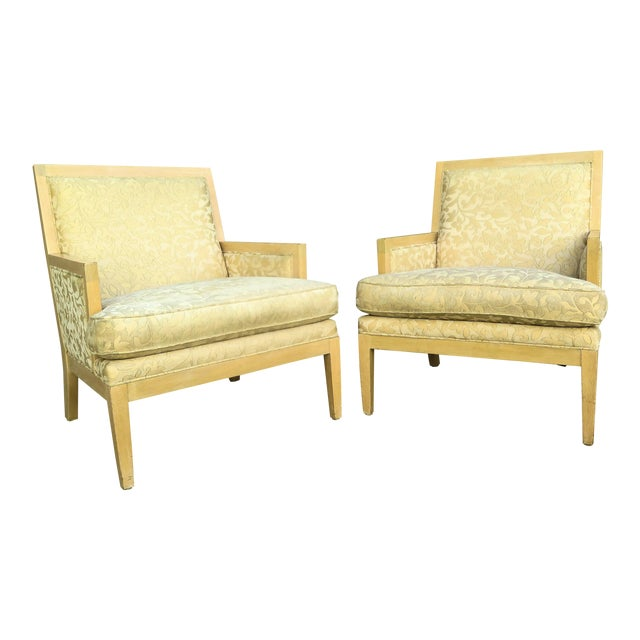 """Late 20th Century Vintage Roger Thomas """"Hitchcock"""" Lounge Chair- A Pair For Sale"""