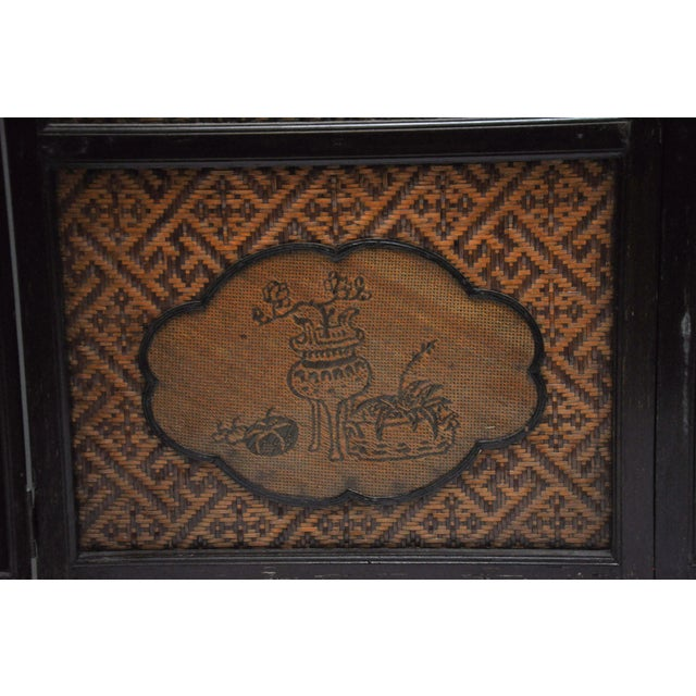 Vintage Chinese Colonial 6-Fold Woven Bamboo Screen For Sale - Image 9 of 11