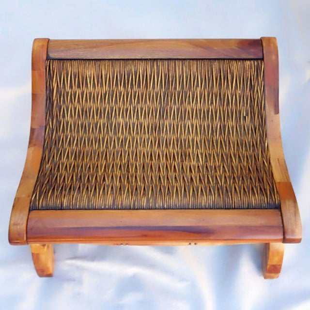 1960's Vintage West Indies British Colonial Style Teak & Cane Plantation Chair & Ottoman For Sale In Phoenix - Image 6 of 7
