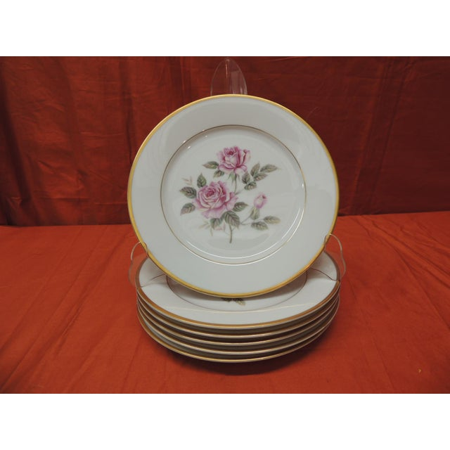 Late 20th Century Set of (6) Pink Roses Porcelain Dessert Plates With Gold Details. For Sale - Image 5 of 5