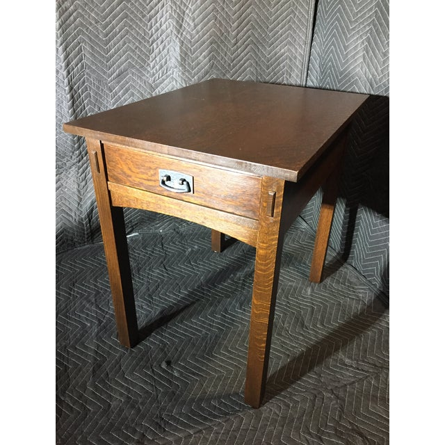 89-501 Rectangular End Table H26 W20 D26 Simple, clean lines evoke the best of Mission design on this single drawer table...