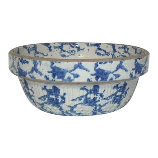 19th Century Blue and White Sponge Ware Pottery Bowl For Sale