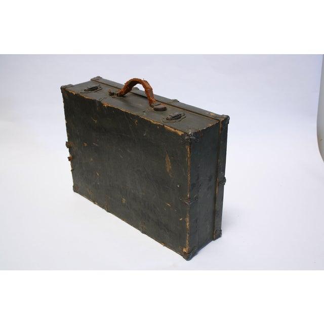 Vintage Army Green Radio Box Leather Handle - Image 4 of 7