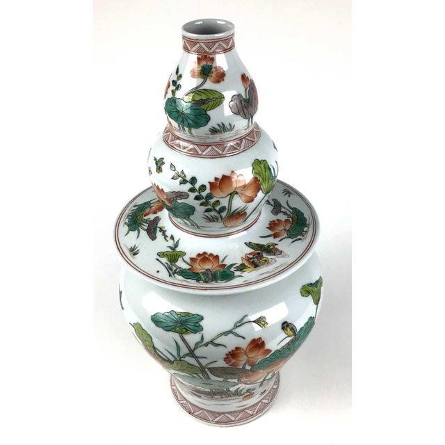 Antique Large Chinese Porcelain Vase For Sale - Image 4 of 13