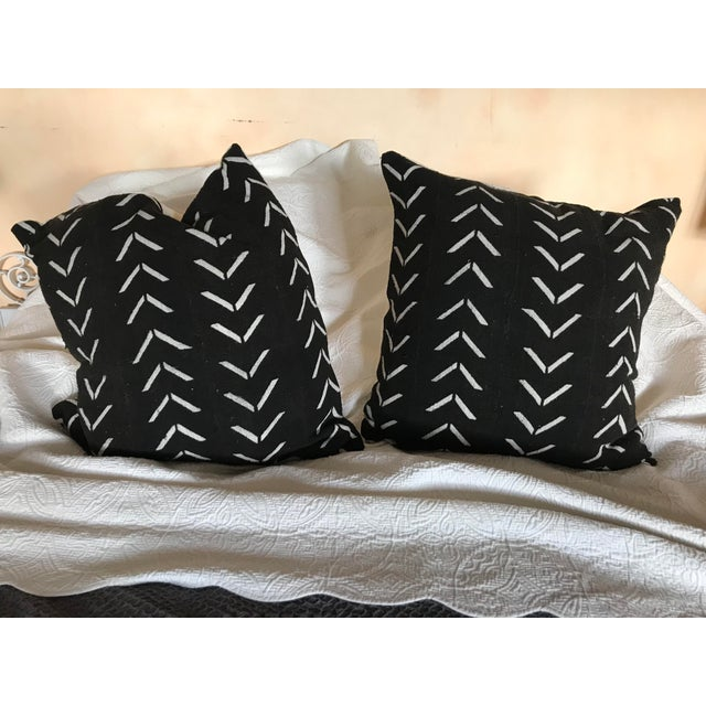 Black and White Handwoven African Pillows - a Pair For Sale In Los Angeles - Image 6 of 6