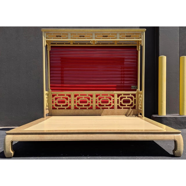 Asian Chippendale Fretwork Ming Platform Lacquered King Size Canopy Bed For Sale - Image 3 of 13