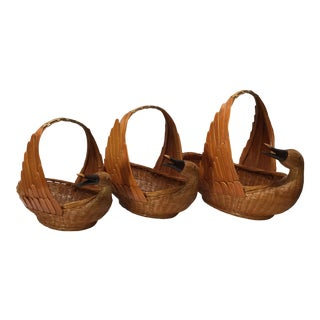 Vintage Wicker Duck Baskets = Set of 3 For Sale