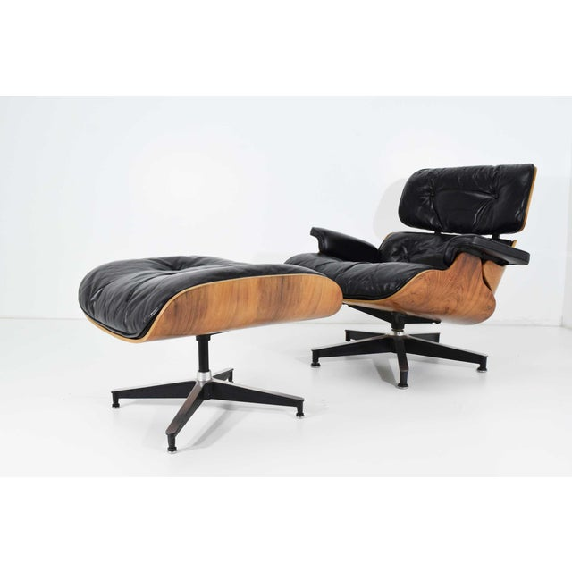 Eames 670 Lounge Chair & 671 Ottoman in Rosewood by Herman Miller For Sale - Image 10 of 10