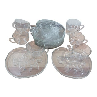 Apple Shaped Snack Plates With Cups - Set of 16