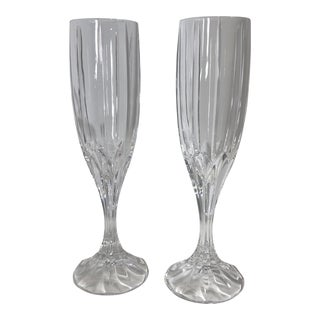 Pair of Contemporary Mikasa Champagne Glasses Cut Crystal Fluted Berkeley Champagne Flutes For Sale