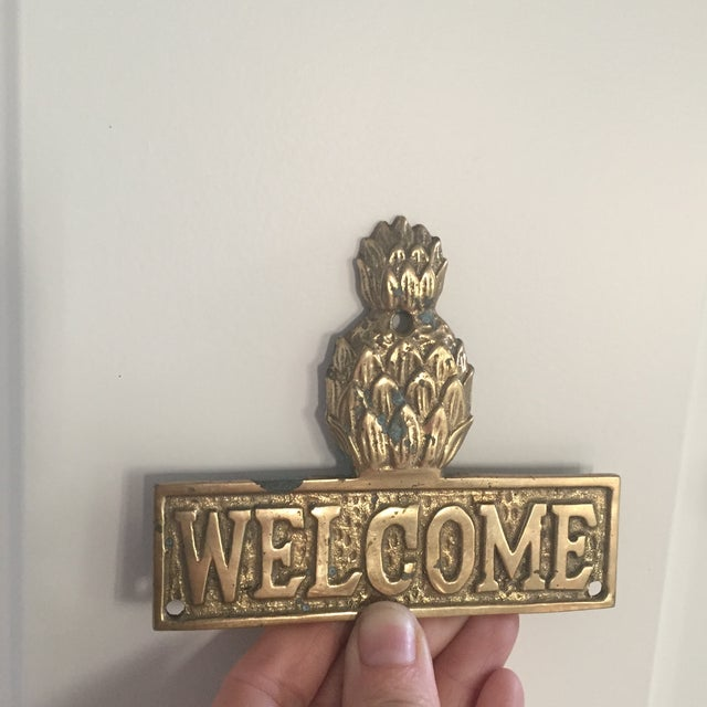 Gold Vintage Hollywood Regency Brass Pineapple Placquard Welcome Sign For Sale - Image 8 of 9