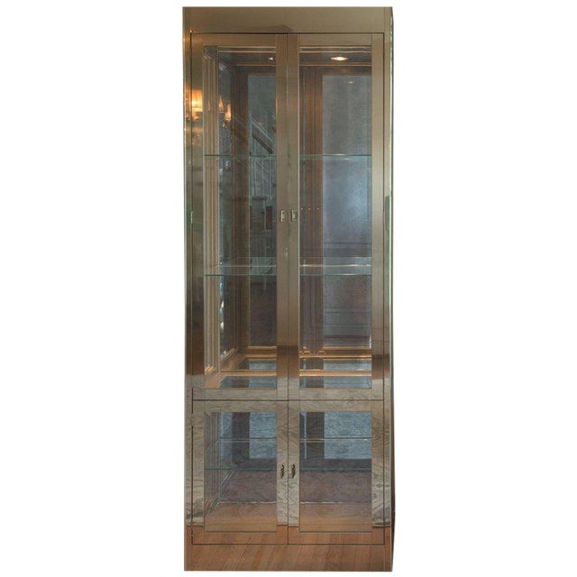 Mid-Century Modern Mastercraft Brass, Glass and Mirror Cabinet For Sale