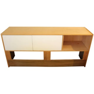 Mid-Century Modern Jack Cartwright for Founders Maple Queen Headboard Storage For Sale