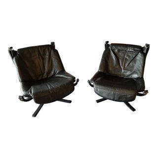 1970s Vintage Vatne Mobler Danish Modern Falcon Chairs - A Pair For Sale