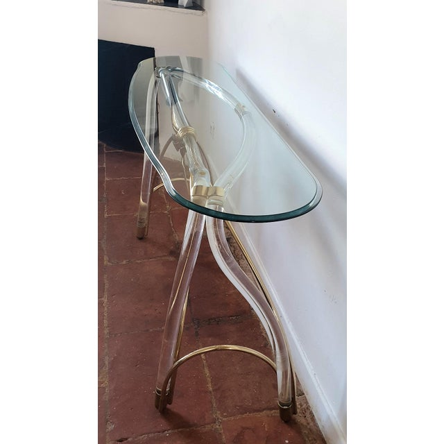Large Mid-Century Modern Organic Glass Brass & Lucite Console Table, Spain 1970s For Sale In Dallas - Image 6 of 13