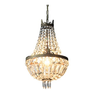 Sac a Pearl Chandelier Crystal Hall For Sale