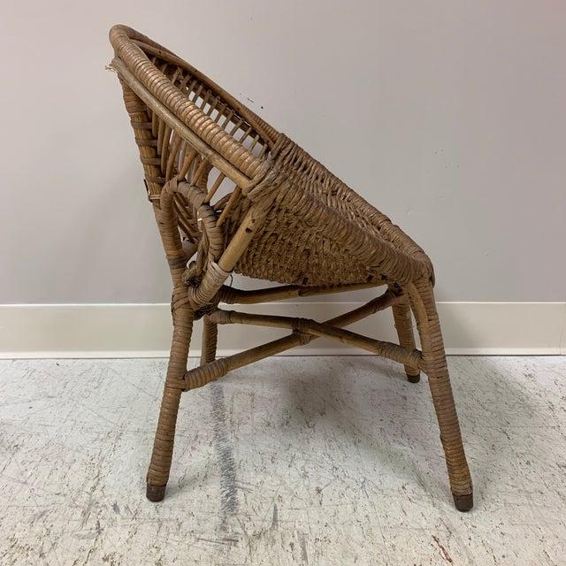 Wicker 1920s Folk Art Wicker Child's Barrel Chair For Sale - Image 7 of 12