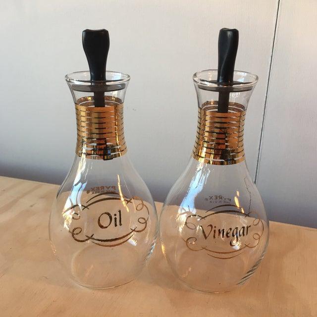 Pyrex Oil & Vinegar Set - Image 3 of 5