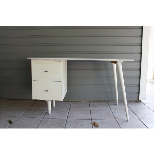 Mid-Century Modern Atomic White Writing Desk - Image 3 of 6