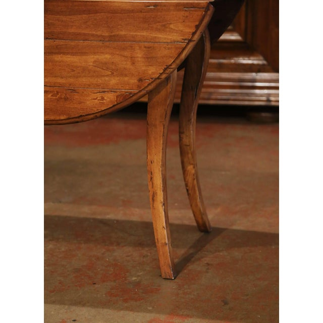 Vintage French Louis XV Carved Walnut Drop Leaf Oval Console Table For Sale - Image 10 of 11