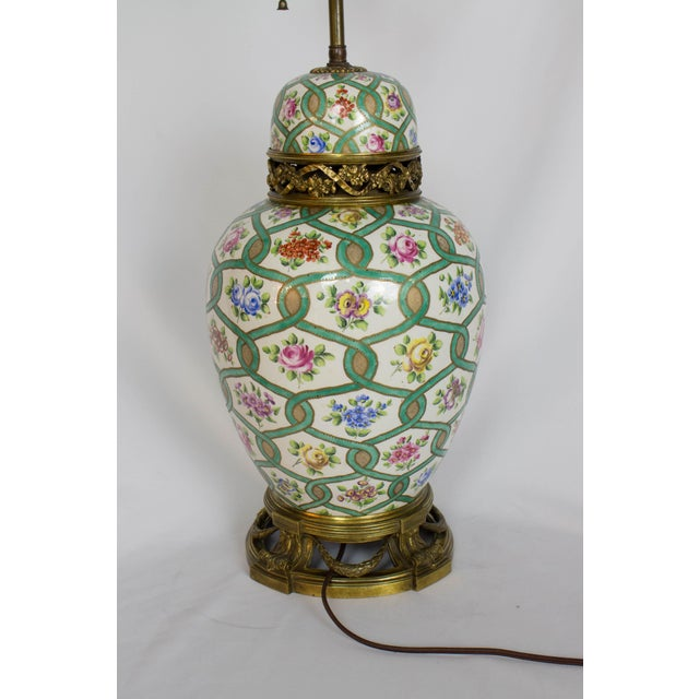Restored Antique Green and White Chintz Table Lamp For Sale In Boston - Image 6 of 9