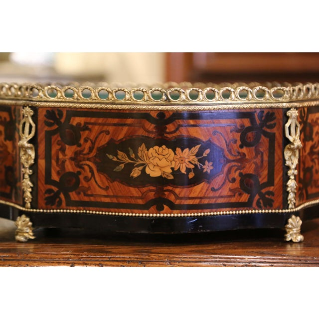 Late 19th Century 19th Century French Rosewood Bombe Jardinière With Marquetry and Bronze Mounts For Sale - Image 5 of 9