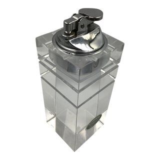 1960s Vintage Lucite Astrolite Grooved Block Table Lighter For Sale