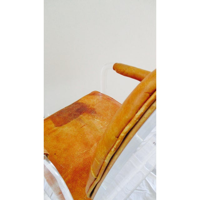 Mid-Century Modern Hill Manuf Lucite and Leather Club Chair - Custom Piece For Sale - Image 3 of 13