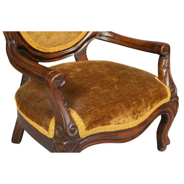 Unusual Suite of American Victorian Walnut Miniature Seating Furniture For Sale - Image 5 of 11