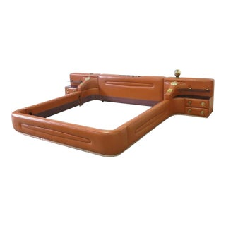 Leather King-Sized Bedframe in the Style of Guido Faleschini For Sale
