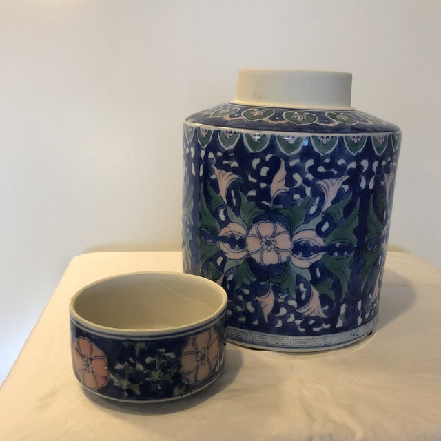 1940s Chinese Style Ceramic Pot With Lid/Topper For Sale - Image 5 of 7