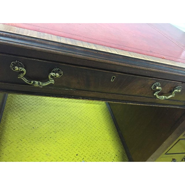 English Antique George III Leather Topped Desk For Sale In Chicago - Image 6 of 11