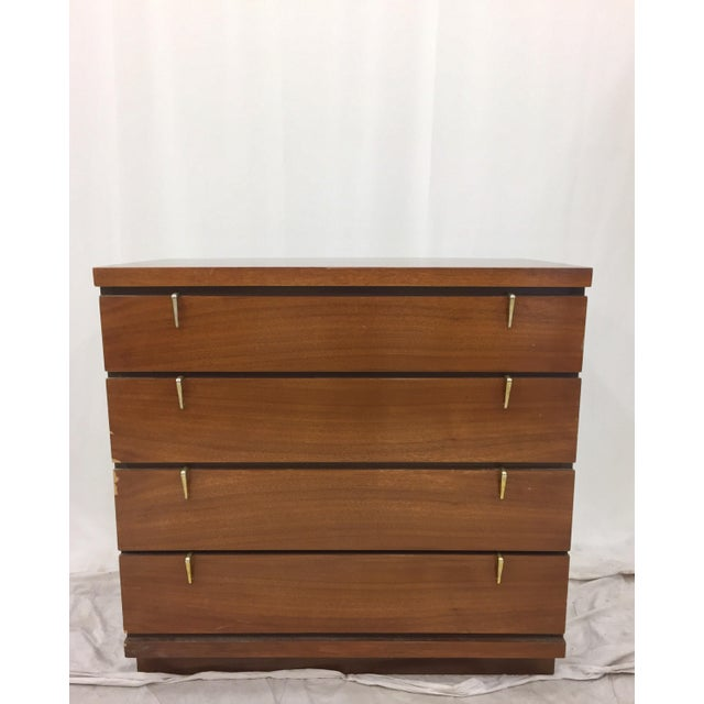 Mid-Century Modern Dresser Chest. Original Hardware. Excellent storage (and perfect dimensions) for a bedside table Chest....