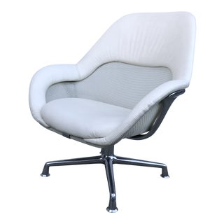 Early 21st Century Steelcase Coalesse Sw_1 Lowback Lounge Chair For Sale