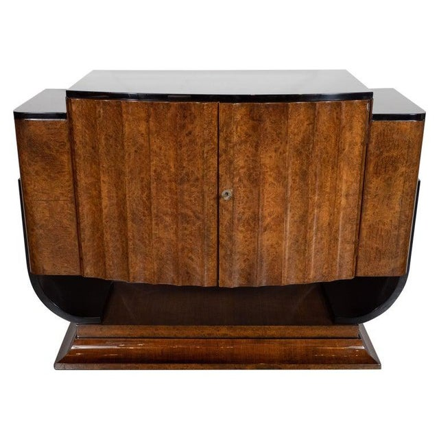 Art Deco English Art Deco Streamlined Black Lacquer and Burled Carpathian Elm Cabinet For Sale - Image 3 of 10