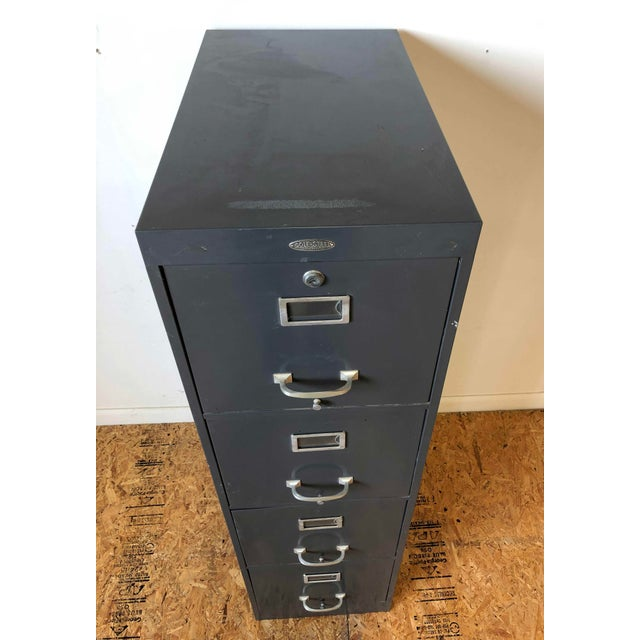 American Vintage Cole Steel 4 Drawer Filing Cabinet For Sale - Image 3 of 12