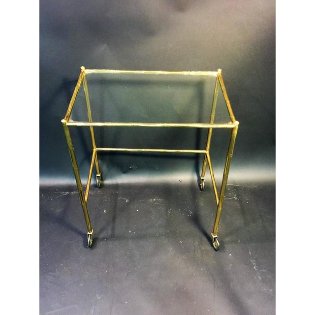 1970s EXCEPTIONAL PAIR OF BAQUES BRASS BAMBOO NESTING TABLES ON WHEELS For Sale - Image 5 of 10