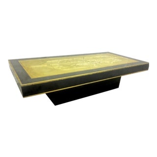 Contemporary Big Coffee Table in Black Lacquer and Bronze Engraved Top