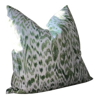 "Thibaut ""Carlotta"" in Green and White-Single Pillow For Sale"
