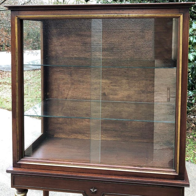 1900s Antique French Louis XVI Vitrine For Sale - Image 4 of 13