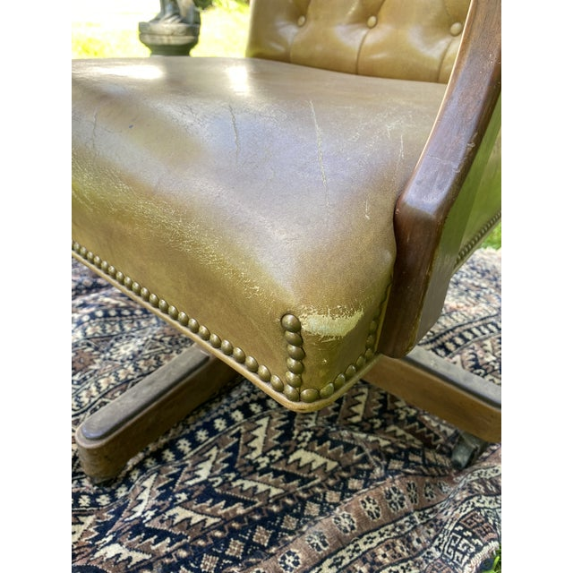 Vintage Executive Tufted Leather Swivel Office Desk Chair For Sale - Image 12 of 13