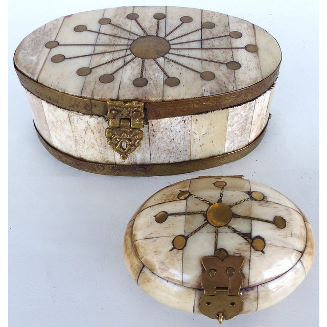Oval Bone & Brass Trinket Boxes - A Pair - Image 2 of 11